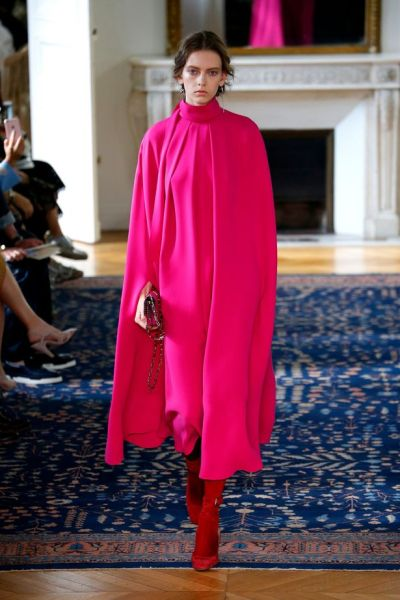 valentino-runway-paris-fashion-week-womenswear-springsummer-2017