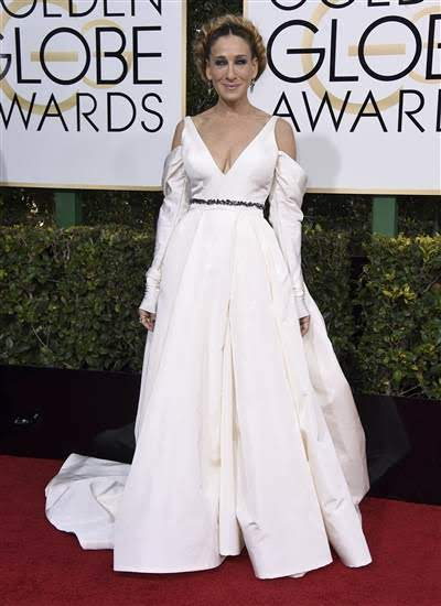 golden-globes-sarah-jessica-parker-today-170108_60cffd81e15c0342bd4a1c2c277ac19f-today-inline-small