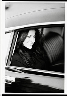 220px-Jill_Stuart-car_portrait_-_reduced